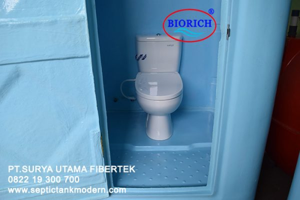 toilet portable wc portabel fiber fibreglass frp murah biru agen supplier jual dagang beli indonesia toto 600x400 Toilet Portable BioRich Tipe Luxury A